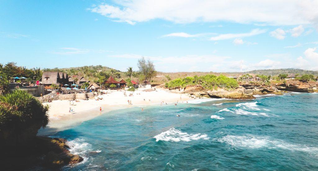 nusa-lembongan-dream-beach