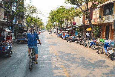 fietsen-door-bangkok