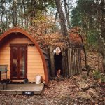 Buitenplaats-Beekhuizen-slapen-in-een-pod-op-de-veluwe