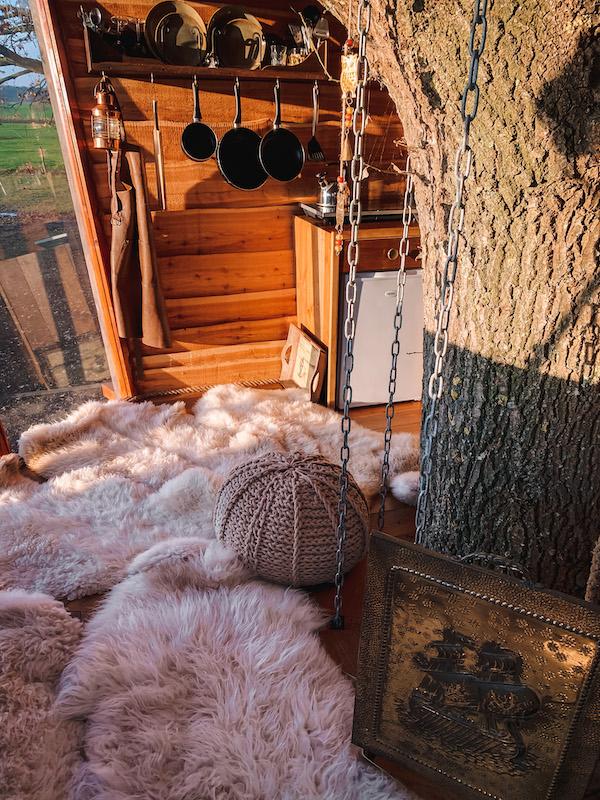 Slapen-in-een-boomhut-Treehouse-Goldsworthy-Achterhoek-Halle