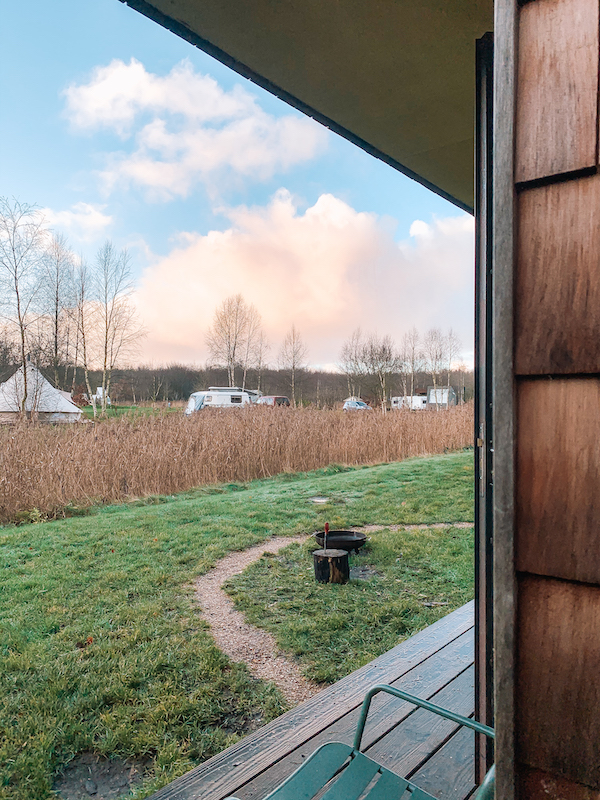 Natuurcamping-natuurkampeerterrein-winterkamperen