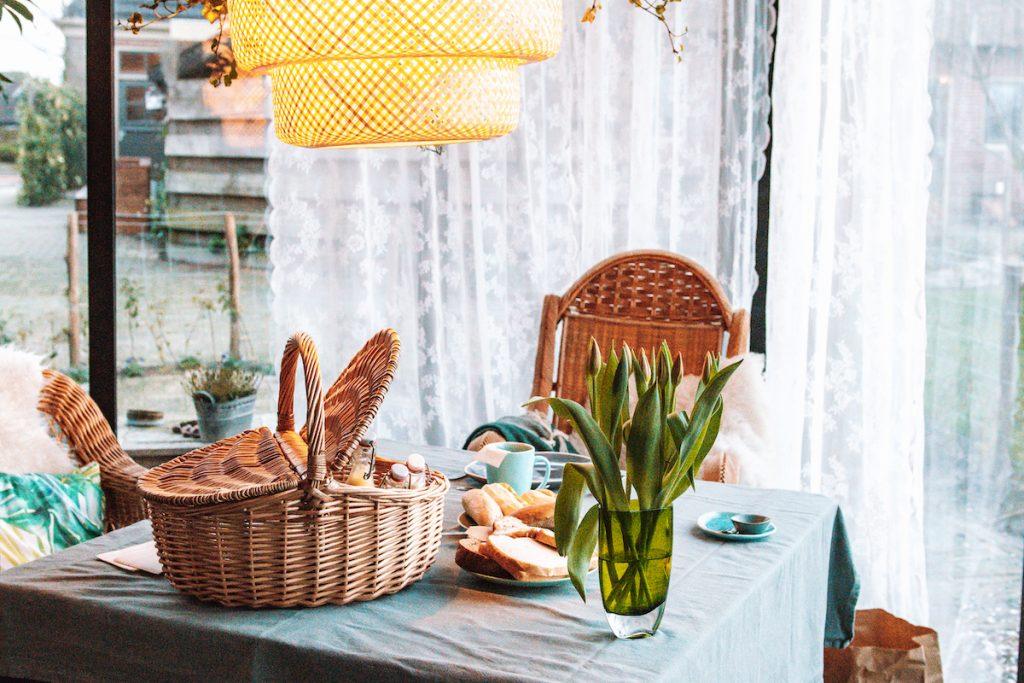 Ontbijt-bed-and-breakfast-Nederland