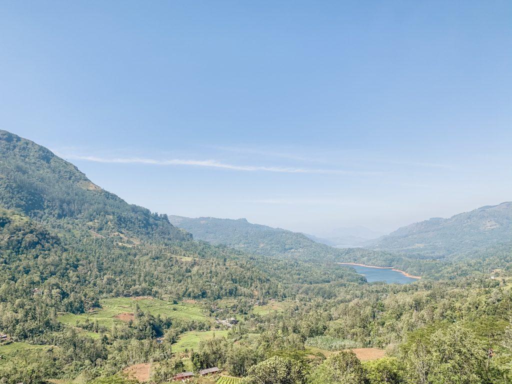Nuwara-Eliya-Sri-Lanka-Shantiphura-Viewpoint