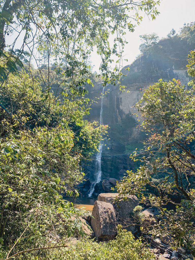 Nuwara-Eliya-Sri-Lanka-Rawana-Falls