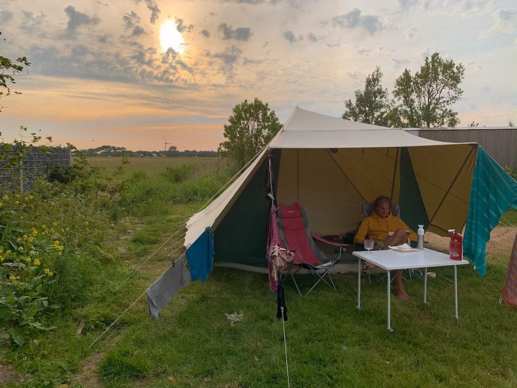 Bijzonder-overnachten-Noord-Holland-vakantiehuis-camping-glamping