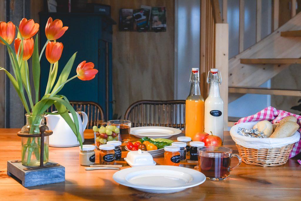 Ontbijt-bed-en-breakfast-Roderwolde
