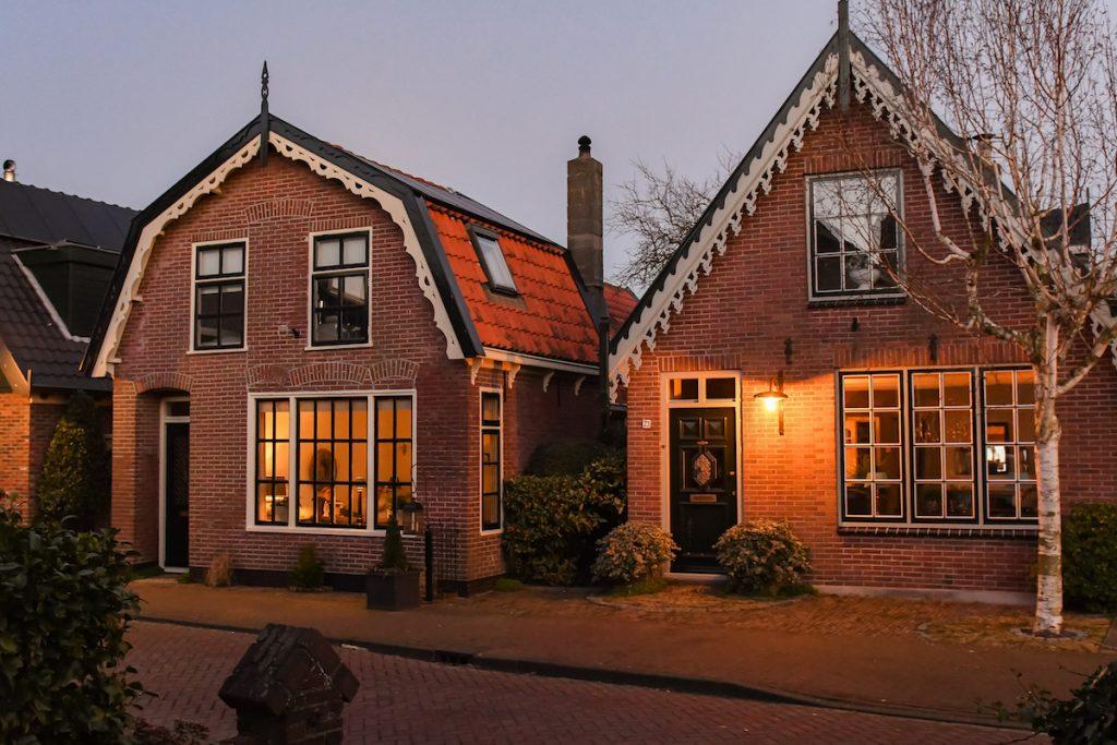 Bijzonder-overnachten-Noord-Holland-appartement-vakantiehuis-kachel