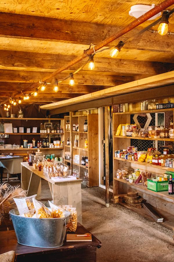 Boerderijwinkel-streekproducten-Friese-Meren-Echtenerbrug-Tjeukemeer