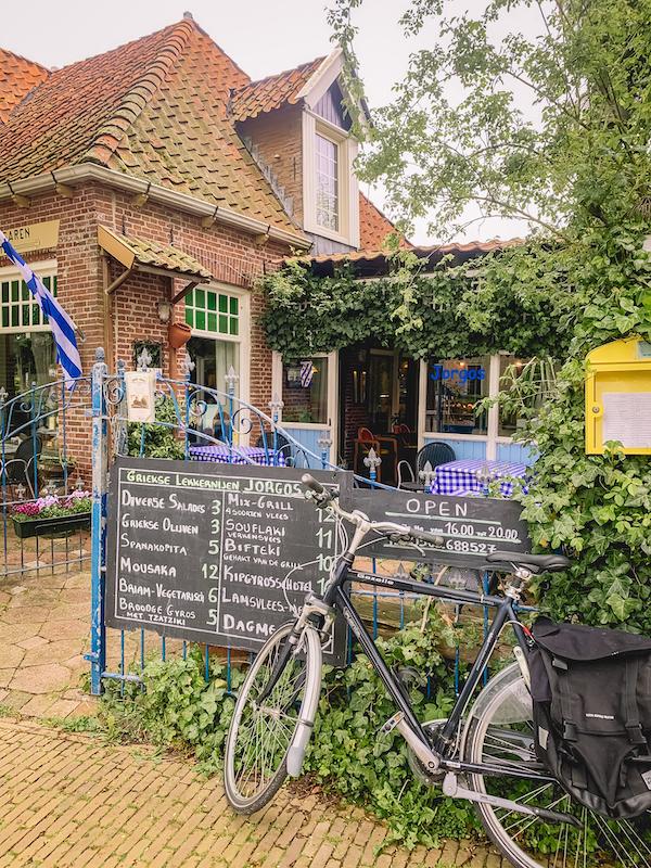 Griekse-Lekkernijen-Jorgos-Terherne-afhalen-eten-Friesland 1