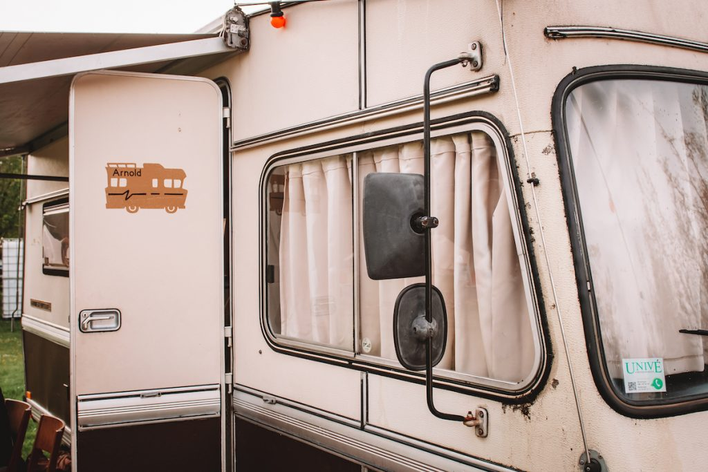 Vintage-camper-huren-in-Nederland-Zeewolde