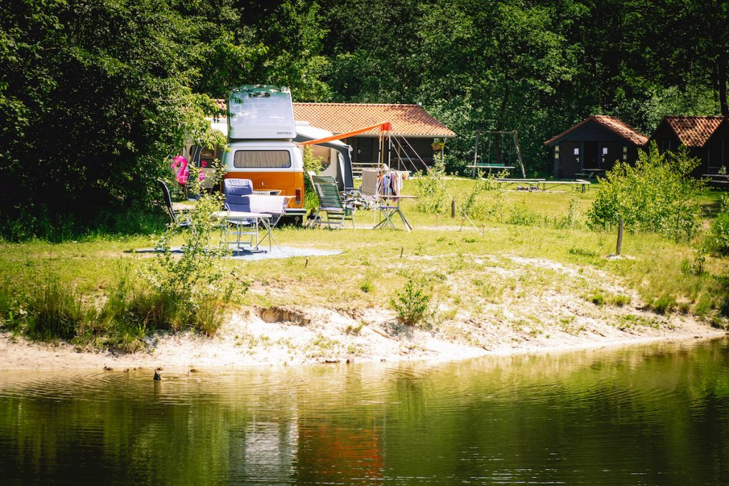 Charme-camping-Hartje-Groen-de-Boshut