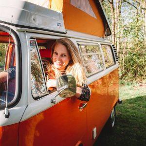Kamperen-roadtrippen-VW-busje-Dreambus.frl-huren